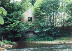 2004 Blantyre Works Old Mill