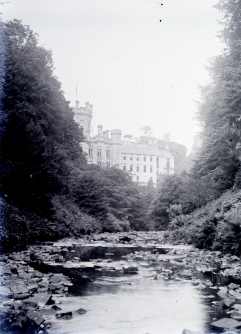 1910 Calderwood Castle. Photo by David Ritchie. Shared by Alex Bowie
