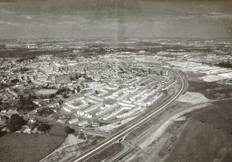 1978 Expressway opens