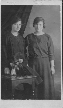 1922 Mary and Jenny Danskin (PV)