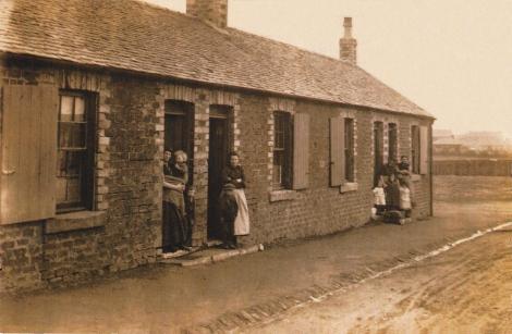 1928 Hall Street Dixons rows