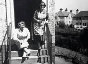 1955 Maisie Gardner & Annie Brown at Auchinraith terrace