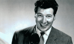 1965 Max Bygraves popular entertainer attended the Crossbasket fete on 5th June.