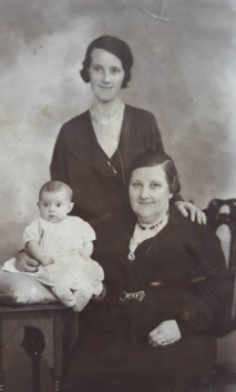 1936 Little Jane, Annie and Jane Nimmo