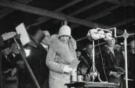 1929 Duchess of York opens DLC