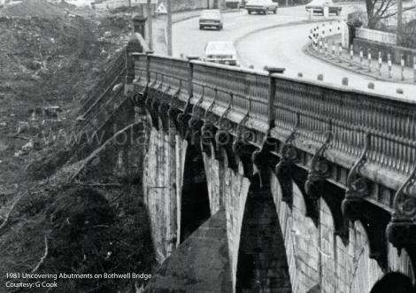1981 Bothwell Bridge abutments wm